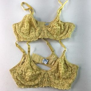 Olga Bra Lot of 2 Yellow 34 A lace NWOT underwire